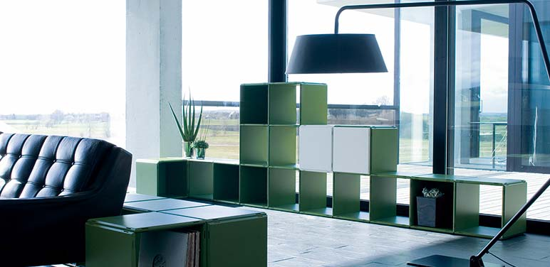 Inneneinrichtung Wohnzimmer Regalsysteme in grün