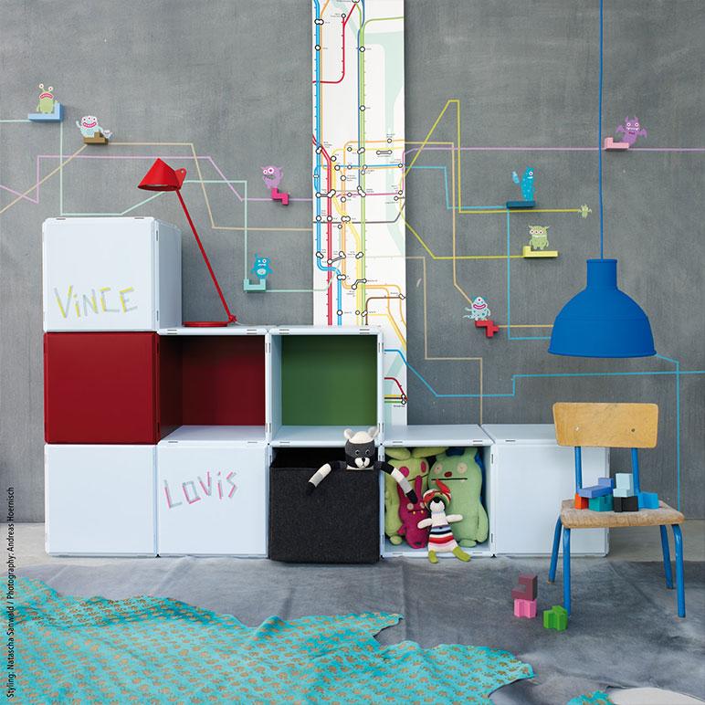 qubing shelves for the kids room – multi-coloured